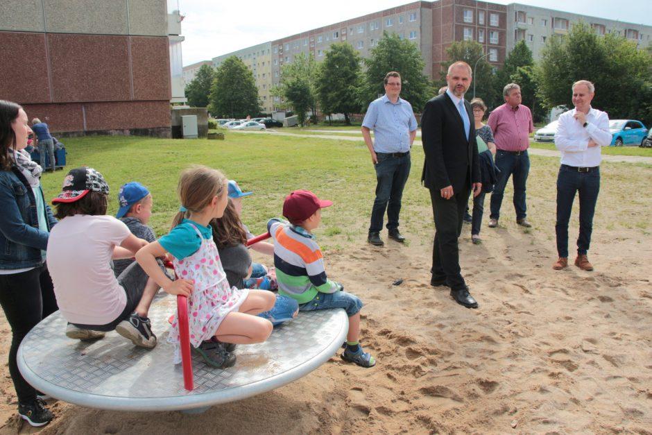 Neuer Spielplatz im Stralsunder Stadtteil Grünhufe begeistert Kinder